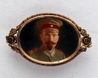 1890s Antique German Jugendstil Rotgold-Doublé Brooch Art Nouveau