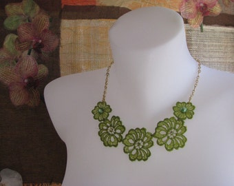 Green Floral Lace Necklace. Lace Collar Bib Necklace. Boho Lace Statement Jewelry.  Pendant Necklace