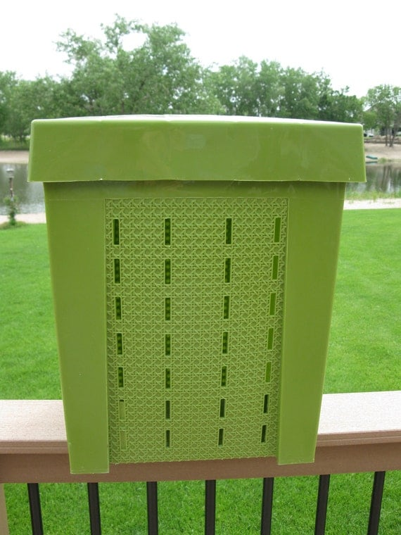 Vintage Hamper Faux Wicker Retro 70s Shamrock Neatway