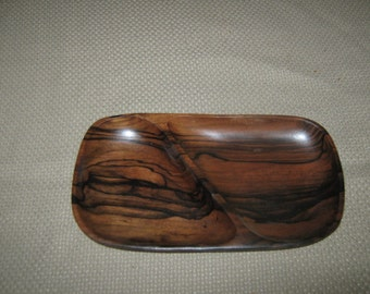 Stunning Acacia Wood Two Section Serving Dish