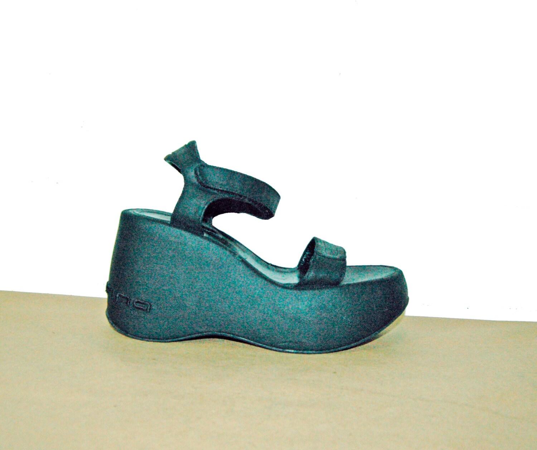 90s Platform Sandals Black Strap Velcro / Tevas by Idlized ...