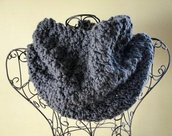 Easy CROCHET PATTERN Cowl Chunky Scarf The LAURA Cowl Crochet Pattern