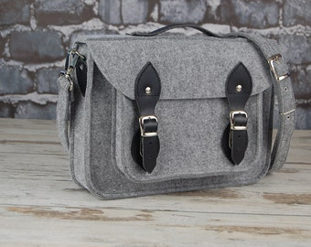 Felt Laptop bag 13 in, grey satchel, messenger bag, macbook pro, macbook air 13 inch sleeve, case,  belt shoulder