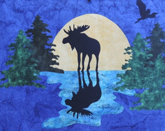 Moose pattern and fabric kit to make this art quilt.