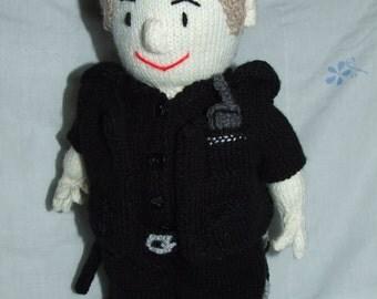 Policeman, postman and paramedic pdf knitting pattern