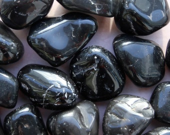 ONYX (Grade A Natural) Tumbled Polished Stones Gemstone Rocks for Healing, Yoga, Meditation, Reiki, Wicca, Crafts, Jewelry Supplies