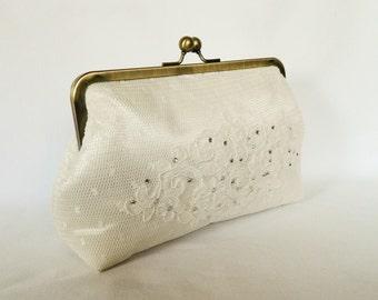 Bridal clutch purse, Ivory Lace Clutch, Wedding Clutch Purse, Lace Design, Brides Clutch Purse