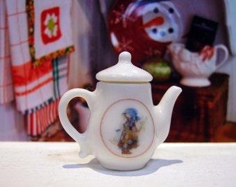 Holly Hobbie Miniature Teapot for Dollhouse 1:12 scale