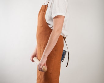 rust-colored linen apron with pockets - adjustable and customizable