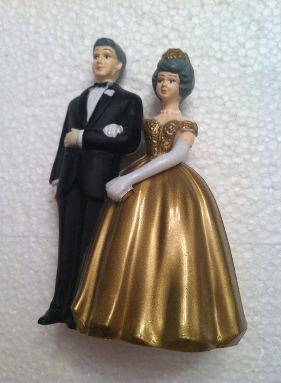 old couple wedding cake toppers wilton wedding cake topper 1950 s 17982