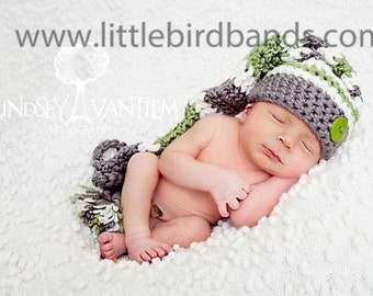 Handmade, Crochet Newborn boy hat, stocking hat, elf hat, Hat with button, Photo prop for Newborn photography