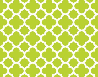 1/2 yard Quatrefoil Cottons by Riley Blake lime