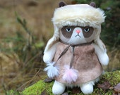 Winter Grumpy Cat