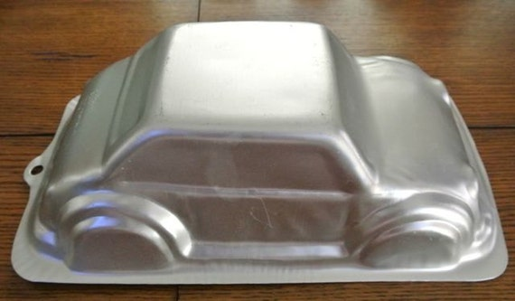 car cake pan wilton 3d cruiser car cake pan 2443