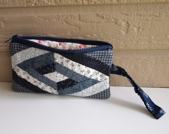 Hand-made Quilted Wristlet/ Purse/ Clutch