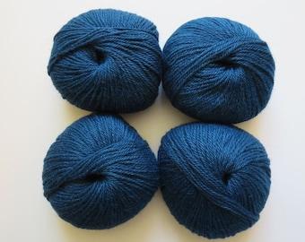 80% Alpaca, 20 percent Silk Yarn (1.75 oz - 109 yards) Free Shipping!
