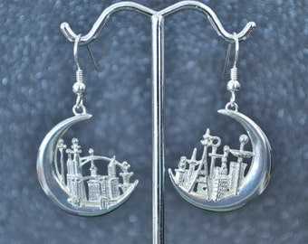 Sterling Crescent City Earrings - Urbs Messoria Lunata