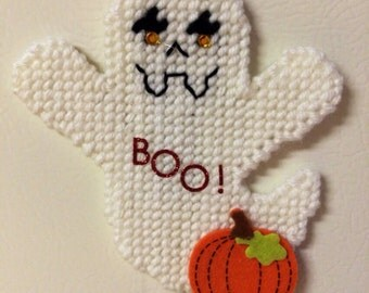 Ghost and pumpkin magnet