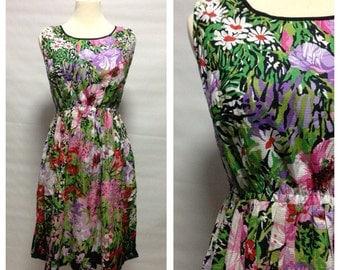 SALE - Vtg 70s Fresh Bloom Babydoll Cotton Dress/ small to medium