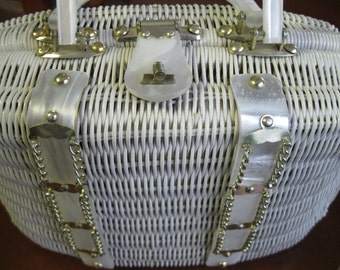 Vintage 1950's White Wicker Handbag with Pearlized Lucite Handle and Trim