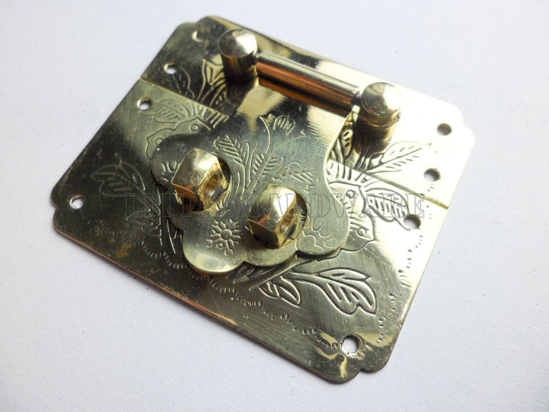 Brass Made 54mmx45mm Golden Small Box Hardware Jewelry Box