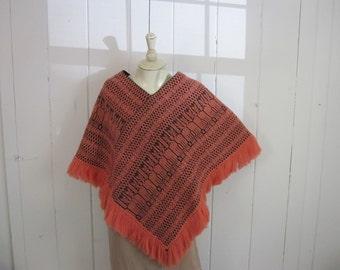 1970's LA FAVORITE black and salmon cotton cape