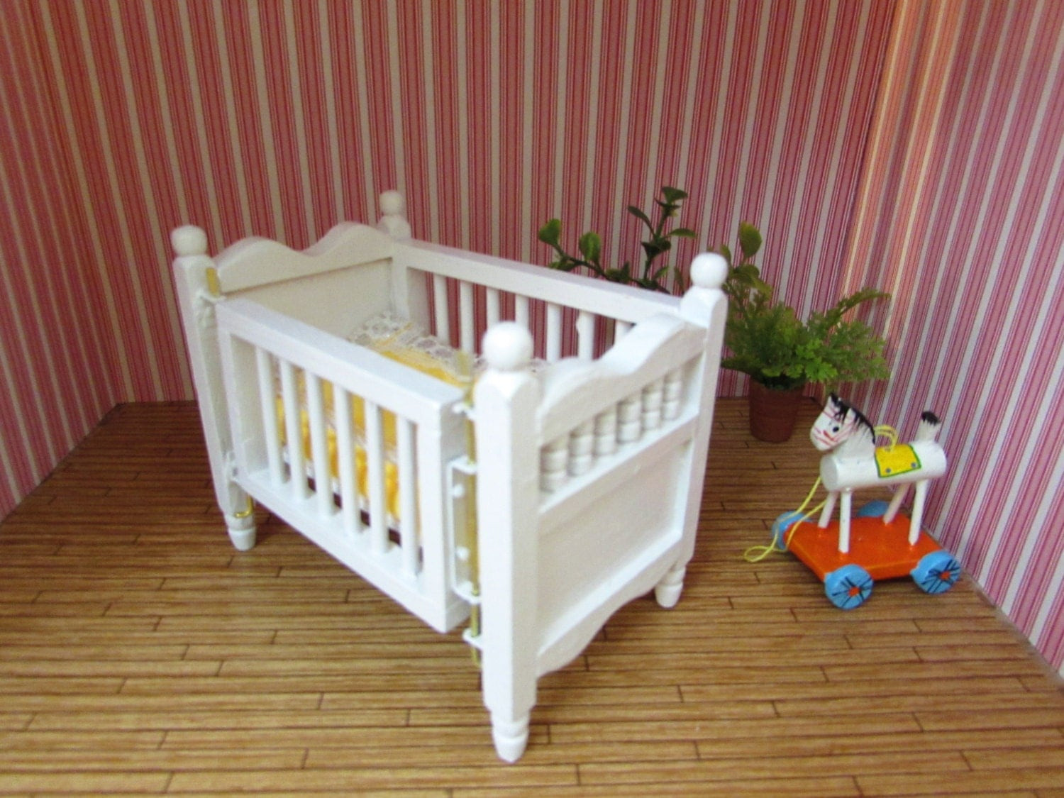 vintage hello dolly doll house furniture dollhouse crib baby. Black Bedroom Furniture Sets. Home Design Ideas