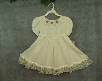 3T Ivory dress Vintage