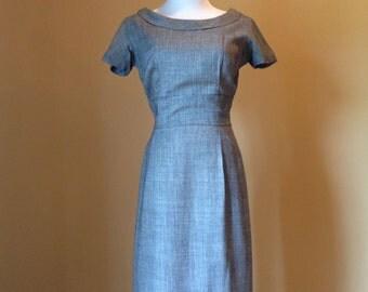 Vintage Wiggle Dress Original 1940s Gorgeous Parnes Feinstein Medium Gray Black White Rockabilly PinUp Ladies Classic BombShell Dress