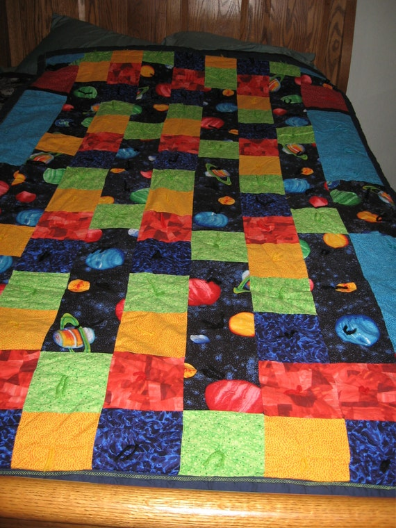 Twin size outer space bedding planets outer space quilt for Outer space quilt