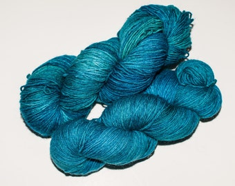 Vanier Wool/Nylon  450 yard Hand-Dyed Sock Yarn in Pool