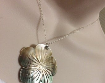 Flower Power. Sterling Silver Carved Mother of pearl Flower necklace.