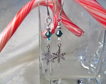 Snowflake Earrings, dangle earrings, Christmas Earrings, Sterling silver