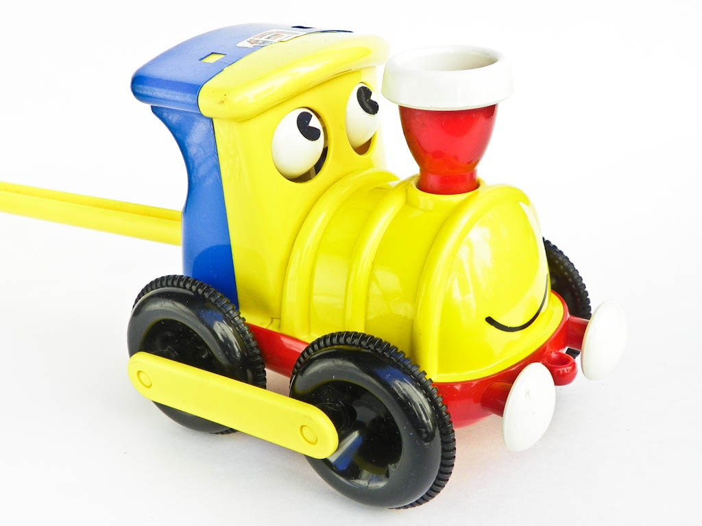 Toys That Move : Vintage toy train with handle and moving eyes ambi toys