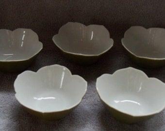 5 Vintage Small Olive Green Bowls Leaf