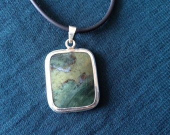 Pendant Necklace (handmade of agate)
