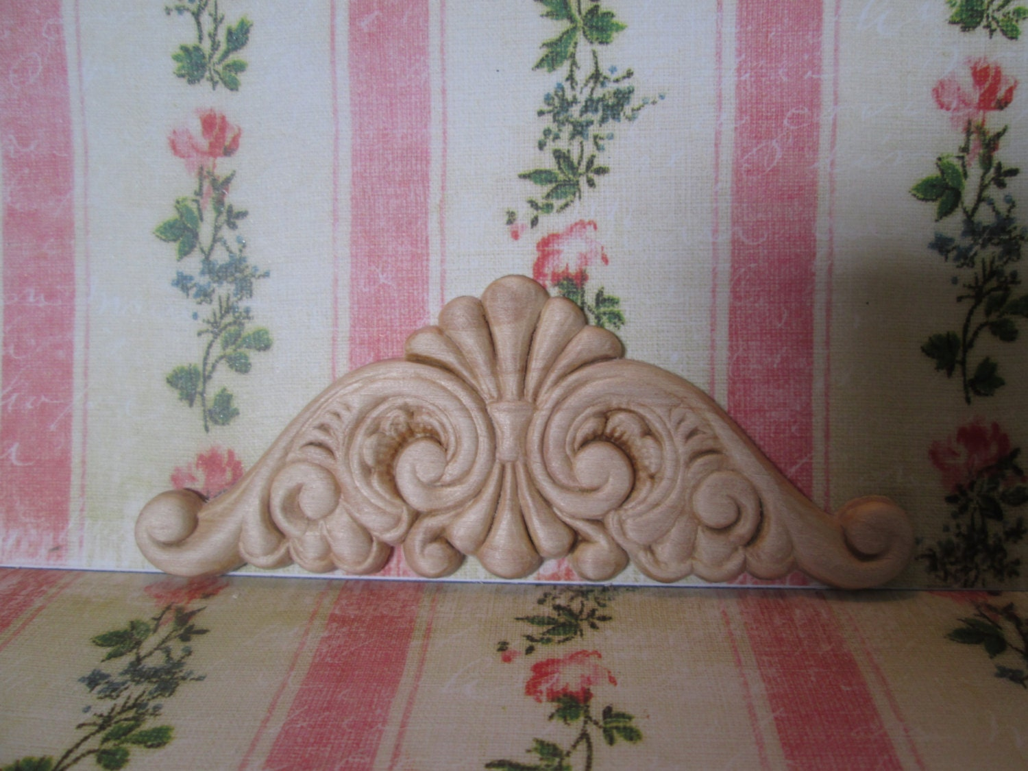 Decorative ornate wood appliques smaller for top flourish for Decorative wood onlays