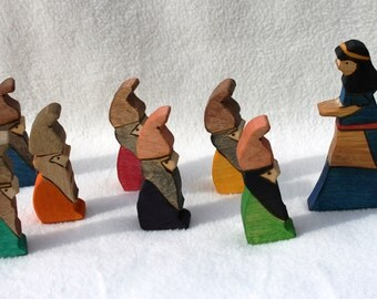 Snow White and the Seven Dwarves Wooden Toy - Natural Eco Friendly Waldorf Wood Toy Set