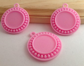 Flat Back Pink Resins- 3 Pieces-Pendants vase-Cabochon-Bow Center-Platic-Hair bow-Supplies-Craft-Commercial