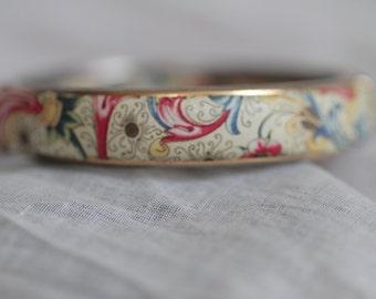 Unique Paisley Bangle Bracelet