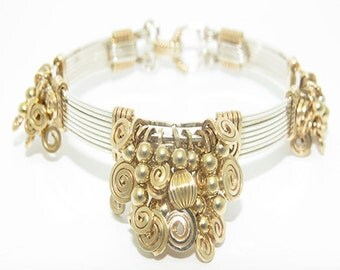 The Better than Ever Bracelet \ \ Gold and Silver Bangle Bracelet / Bracelet Jewelry / Handwrapped Detailed Wire Jewelry