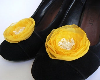 Freesia yellow wedding shoe clips (set of 2), bridal shoe clips, wedding shoe clips, yellow shoe clips, freesia wedding