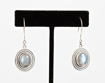 Labradorite 070 - Earrings - Sterling Silver