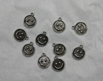 15 Smiley Face Charms # 11