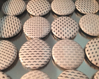 Black and White Magnet Set,