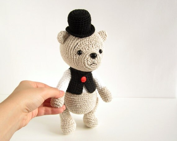 PATTERN: Teddy Bear in a Top Hat and Vest - Classic teddy ...