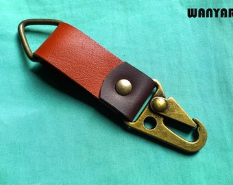Leather keychain, leather key fob, keyring with trigger hook, WR 140