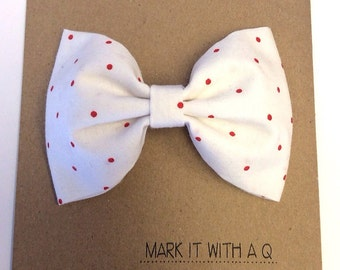 Small Red Dots Bow