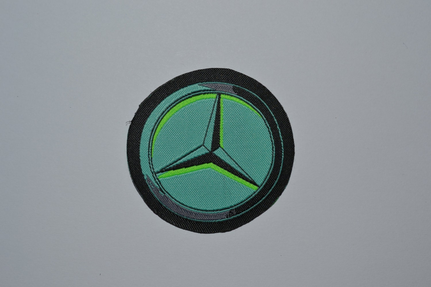 Mercedes benz patches iron emblem logo badge label for Mercedes benz iron