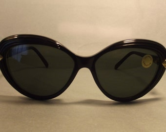 Emanuel Ungaro by Persol U468 New Nos Vintage Woman Sunglasses Cat eye Round Lady Gaga Style Made in Italy